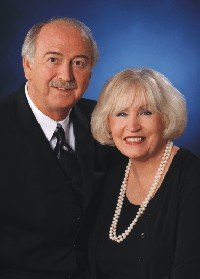 Drs. Paul and Claire Hollis