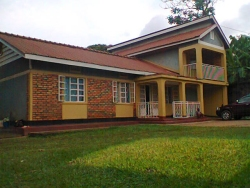 Kampala Uganda Mission Hope Guest House supporting Hope Child Care Centre